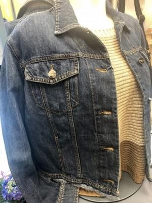 インディゴ染め綿麻素材のジャケット(MARELLA)