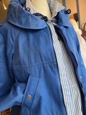ワクワクカラーの春らしいスプリングジャケット(PENNYBLACK)