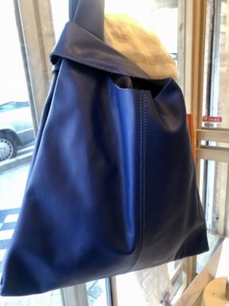 イタリア製一枚革BAG♪