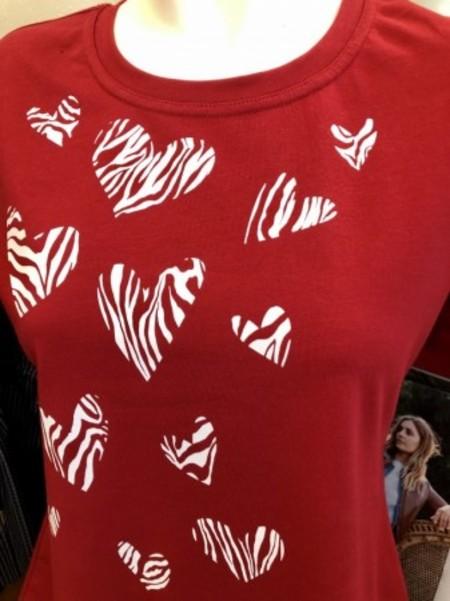 元気いっぱい真紅色のハートTシャツ♡(PENNYBLACK)