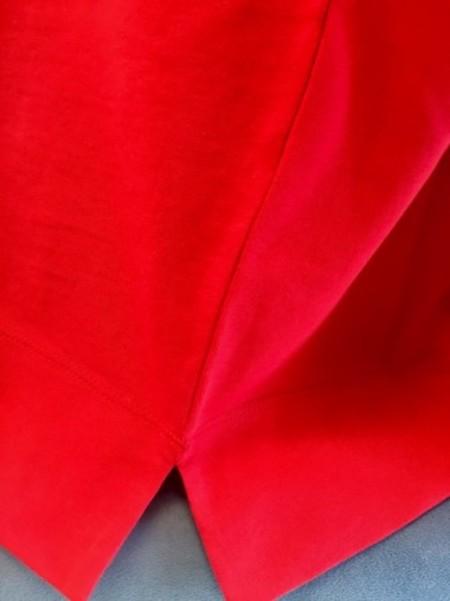赤のTシャツ(MARELLAマレーラ)