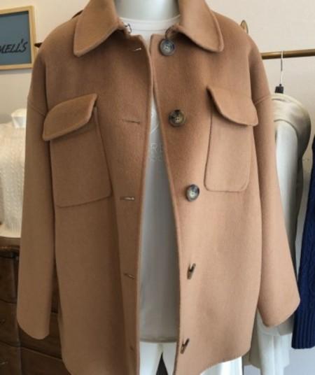 軽くて暖か素材のハーフコート♪(IBLUES)