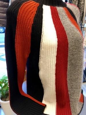 イタリアチックで個性的なセーター(MARELLAマレーラ)