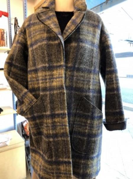 イタリアインポート軽くて暖かいコート(PENNYBLACK)
